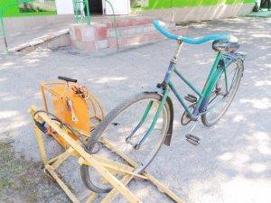 Фото: У Нових Санжарах встановили велоустановки, аналогічні варшавським (фото)