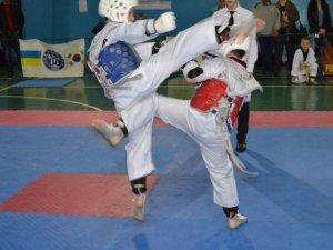 Фото: У Полтаві відбувся чемпіонат міста з тхеквондо