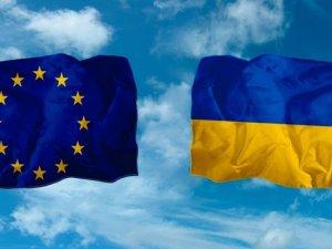 Фото: Вже восени українці зможуть без віз їздити до Європи