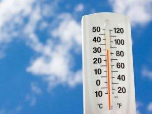 Фото: У другій половині травня в Україну прийде справжня спека