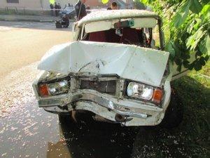 Фото: У Гребінці автівка збила жінку – потерпіла померла на місці