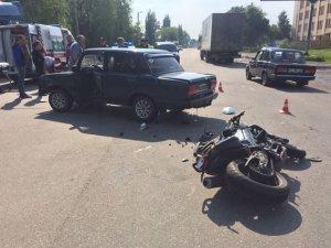 Фото: У ДТП у Полтаві травмувався мотоцикліст
