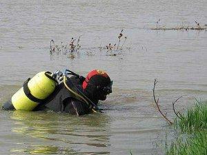 Фото: На Полтавщині шукають 15-річного хлопця, який пішов купатись на ставок і не повернувся.