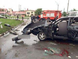 Фото: ДТП у Кременчуці: четверо постраждалих, одна людина загинула ( відео)