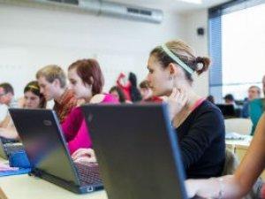 Фото: Міносвіти хоче збільшити кількість бюджетників в IT за рахунок економістів та юристів