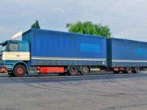 Фото: «Укравтодор» заборонив фурам їздити влітку вдень