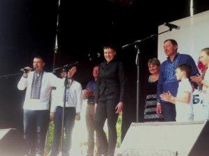 Фото: Савченко приїздила до Лохвиці: ОПОРА виявила порушення в агітації за кандидата Руслана Богдана