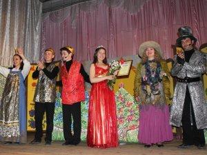 Фото: Актори полтавського театру показали дитячу виставу «Царівна Ква-Ква»  у семи селищах Слов'янського району