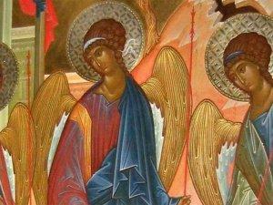 Сьогодні православні відзначають Трійцю