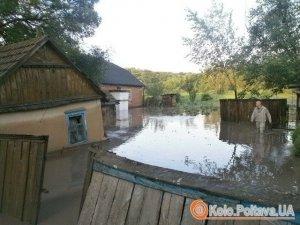 Фото: Постраждалим від негоди у Чорнухинському та Лубенському районах виділили допомогу