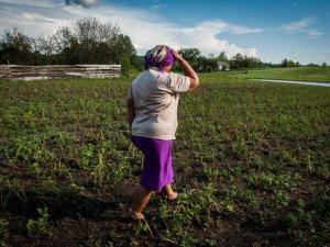 Фото: Жителям Чорнухинського району заборонили пити воду з колодязів: про допомогу постраждалим від негоди