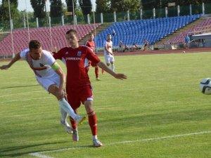 Фото: «Гірник-спорт» зіграв внічию з «Черкаським Дніпром»