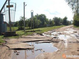 Змиті паводком дороги у Чорнухинському районі хочуть ремонтувати коштом держбюджету