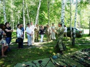 Фото: Військові влаштували польовий збір для полтавських школярів