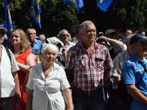 Фото: Мітинг проти тарифів об'єднав три фракції в Полтавській міськраді (ФОТО, ВІДЕО)