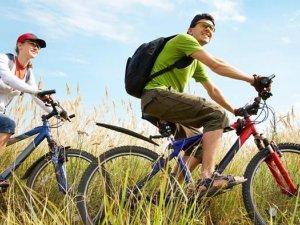 Фото: Запрошують на дводенний велотур «Вікові дуби Полтавщини»