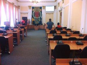 Фото: У Полтавській міській раді встановили електронну систему для голосування