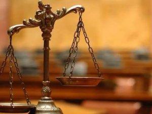 Фото: Президент підписав закон про судоустрій і статус суддів