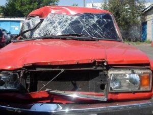 Фото: ДТП на Полтавщині: водій легковика збив двох пішоходів