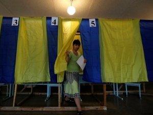 Фото: До обіду на Полтавщині зареєстрували 27 порушень виборчого законодавства