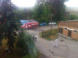 Фото: Скандал у Лохвиці: перевіряють факт замінування ОВК 151 та мітингують