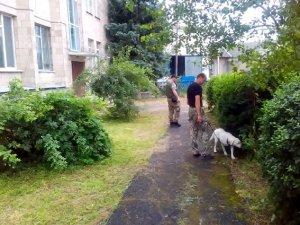 Фото: На Полтавщині замінували ОВК: коментар поліції  (фото)