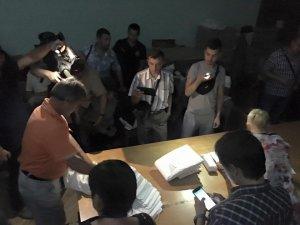 Фото: На Полтавщині виникла загроза зриву виборів: ОВК й досі не встановила підсумків голосування