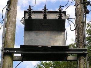 Фото: Міська влада вирішує проблему із відсутністю світла у будинках на Маршала Бірюзова