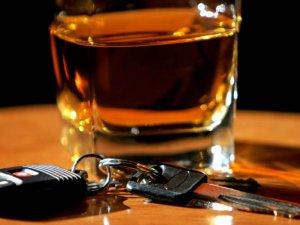 Фото: Нетверезі водії сплачуватимуть втричі більші штрафи – Президент підписав закон