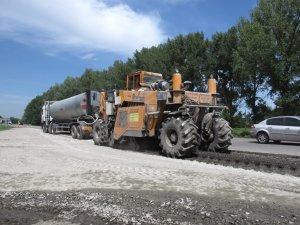 Фото: Ремонт дороги Полтава – Олександрія тимчасово зупинили