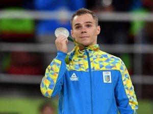 Фото: Ще одна медаль для України: спортивний гімнаст Олег Верняєв здобув срібло