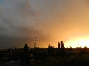 Фото: У Полтаві на небі «грала» блискавка (ВІДЕО)