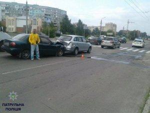 Фото: У Полтаві на пішохідному переході сталося дві ДТП з інтервалом у 10 хвилин