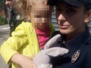 Фото: У Полтаві в жінки серед вулиці вкрали дитину