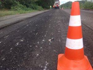Фото: На Полтавщині почали ремонтувати трасу, яка сполучає три області