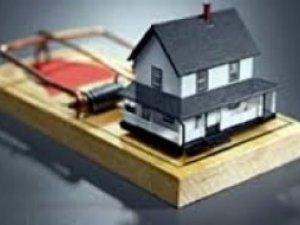 Фото: У Мін'юсті запевняють, що держава не забиратиме житло за несплату комунальних послуг
