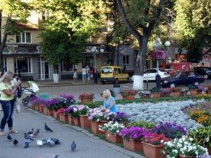 Фото: Полтавці масово фотографуються біля нової локації в центрі міста (ФОТО)
