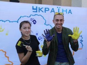 Фото: На благодійному квесті полтавці зібрали для лікування хворих студентів близько 5 тисяч гривень