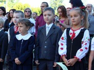 У полтавській школі №20 Перший дзвоник відбувся із міським головою (ФОТО)
