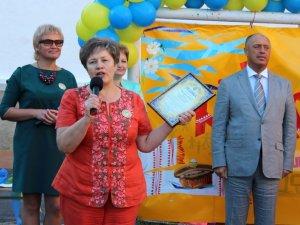 Фото: У полтавській школі №20 Перший дзвоник відбувся із міським головою (ФОТО)