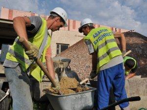 Фото: У Решетилівці за 9,5 мільйонів гривень добудують спорткомплекс аграрного ліцею