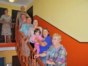 Фото: Завдяки участі у Толоці, мешканці будинку на Євгена Сверстюка, 35 отримали нові вікна